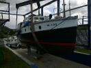 Boot in der Kranbahn nach neuem Anstrich Juni 2011