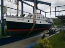 Boot in der Kranbahn nach neuem Anstrich Juni 2011_6